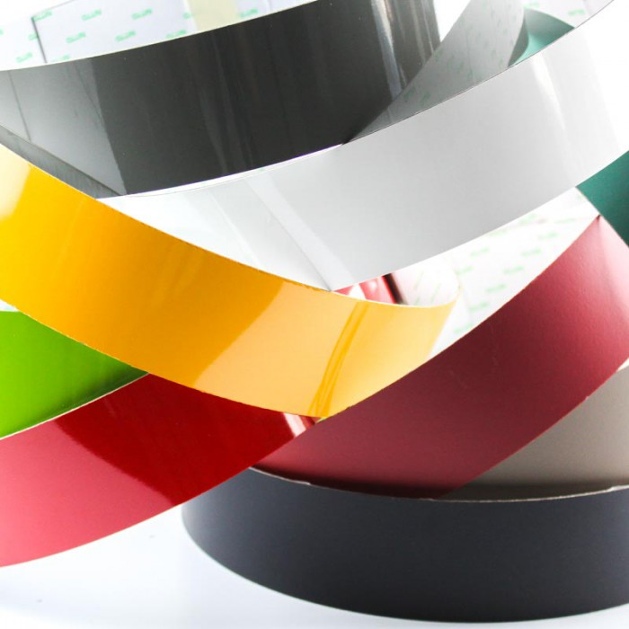 Bande fer stratifiée couleur adhésive 100mm x 1,22m magnetique