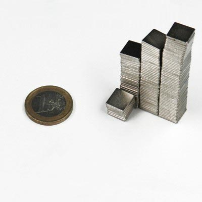 Aimant brut 10mm x 10mm x 1mm magnetique