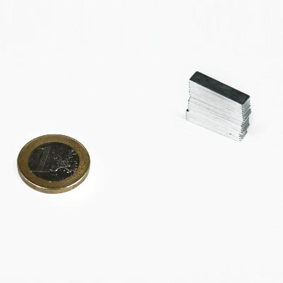 Aimant brut 20mm x 4mm x 2mm magnetique