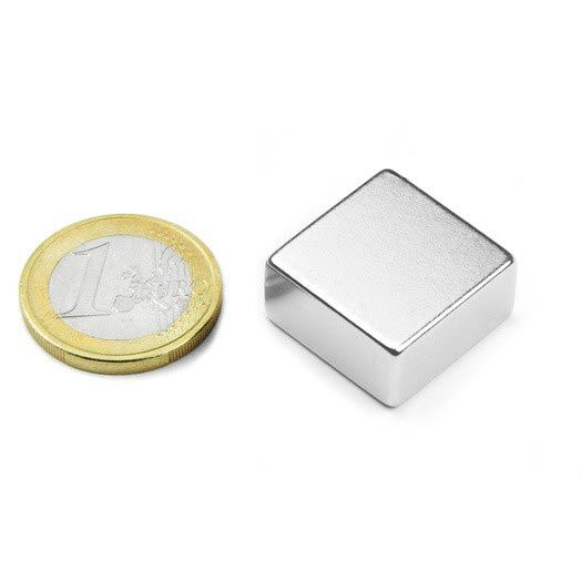 Aimant brut 20mm x 20mm x 10mm magnetique