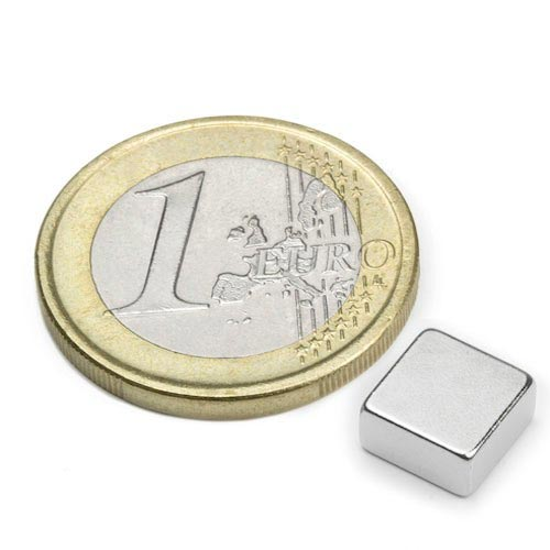 Aimant brut 8mm x 8mm x 4mm magnetique